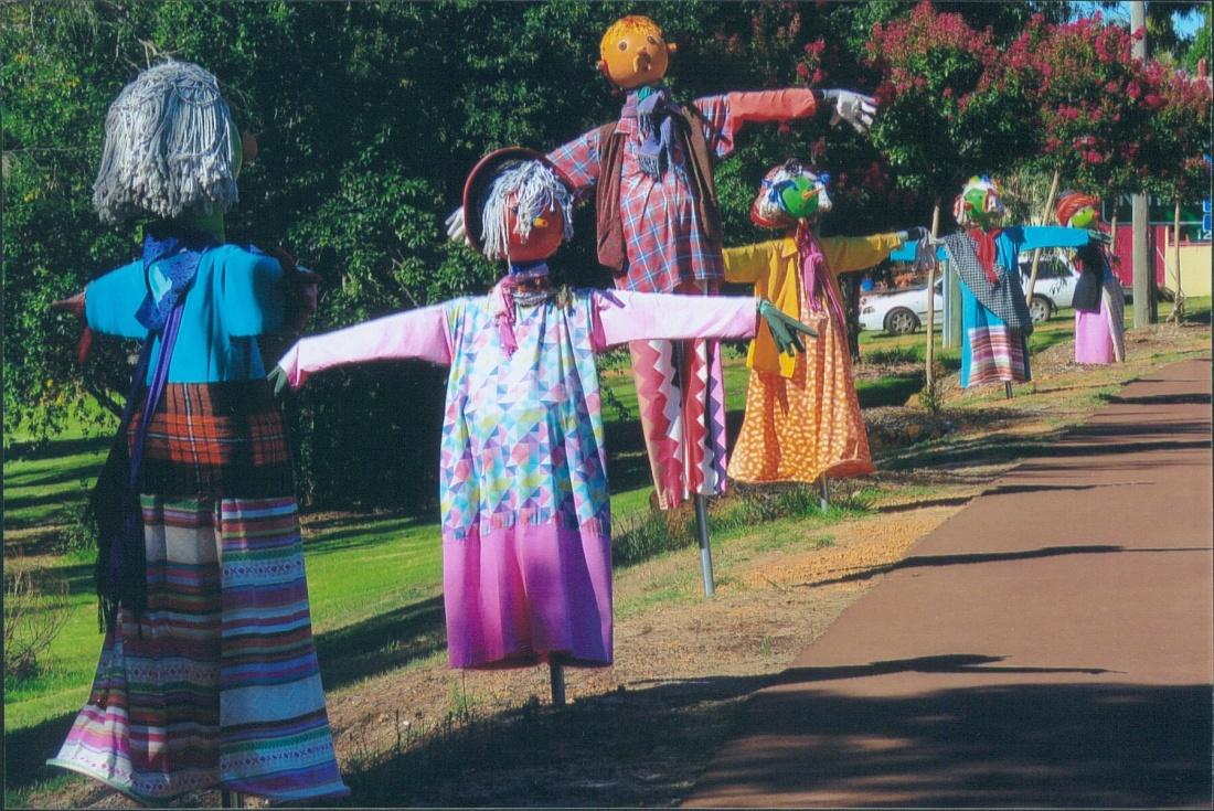 Bibbulmun Track - Scarecrows - Balingup